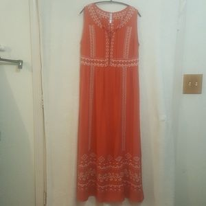 Sleevless dress